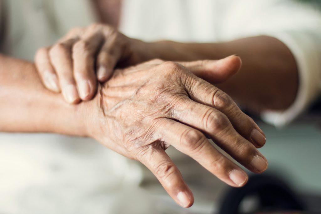 La pandemia ha tenido un impacto negativo en el 70% de los pacientes con Parkinson