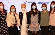 Las familias de dos de los sanitarios fallecidos por COVID-19 hacen de los Premios ABC Salud su edición más emotiva