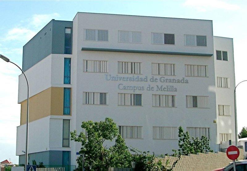 Los alumnos de Enfermería de Melilla se incorporan las prácticas en los centros sanitarios de INGESA