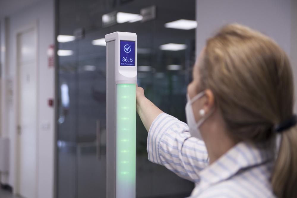 Lanzan un sistema que mide la temperatura en un segundo desde la muñeca y sin contacto