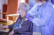 Las enfermeras de Tarragona exigen un protocolo claro para las dosis sobrantes de la vacuna