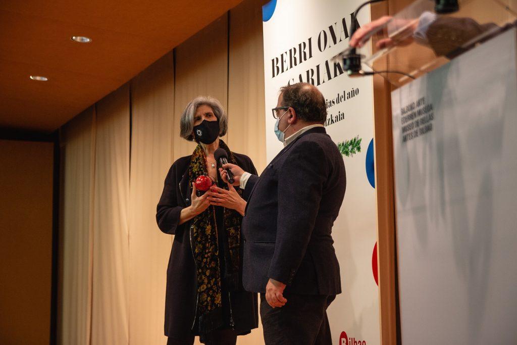 Los periodistas vascos premian a las enfermeras de Vizcaya