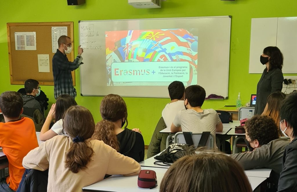 Idibell crea un <i>escape room</i> digital para fomentar la investigación entre jóvenes