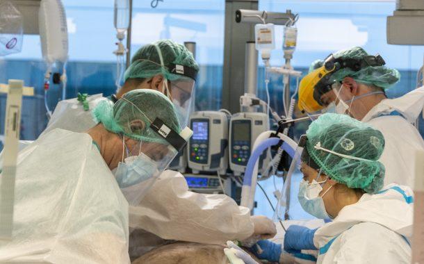 Los hospitalizados por COVID-19 con inmunosupresión tienen más riesgo de evolución grave, según un estudio