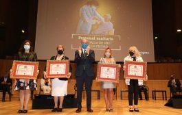 Los profesionales sanitarios reciben la Medalla de Oro de Zaragoza