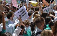 Nueva protesta contra la elección telemática de plaza: mañana 8 de junio en la Puerta del Sol