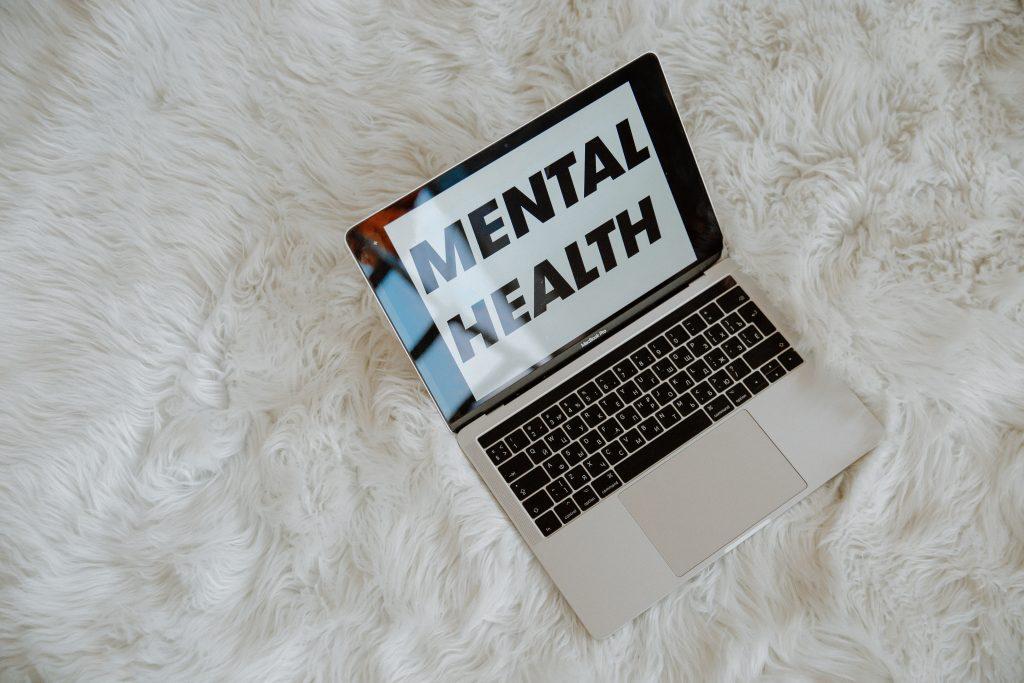 El CAE demanda el desarrollo de la especialidad de Enfermería en Salud Mental y su reconocimiento como categoría dentro del SAS