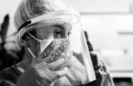 Una exposición muestra la labor de los profesionales del Hospital de Getafe (Madrid) en la pandemia