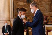 El Rey concede la Orden del Mérito Civil al enfermero pamplonés Fernando Gómez