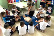 Solidaridad Enfermera Tenerife enseña RCP a los alumnos del CEO Bethencourt y Molina
