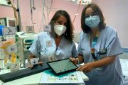 Enfermeras de la UCI del Hospital de Alicante mejoran la comunicación con los pacientes con dificultades para hablar